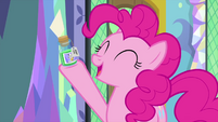 """Pinkie Pie """"this potion will cure Twilight!"""" MLPS2"""