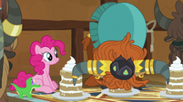 Prince Rutherford eating a yak cake in one bite S7E11
