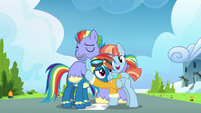 Rainbow Dash reconciles with her parents S7E7