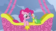S07E11 Pinkie i Gummy w balonie