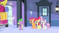 """Spike """"easy, peasy, cider squeezy"""" S4E24"""