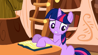 Twilight seeing that S2E18