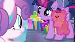 Twilight smiling at Flurry Heart while levitating a teddy bear S7E3.png