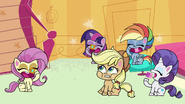 Main ponies eat the squishy cubes PLS1E3b