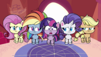 Ponies shocked by the messy kitchen PLS1E1a