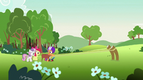Scootaloo about to rocket forward S7E7