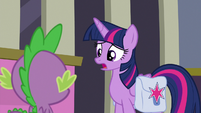 "Twilight ""isn't working at the library"" S9E5"