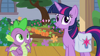 Twilight and Spike wait for Dusty Pages S9E5