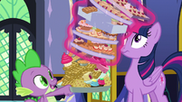 Twilight stops Spike's food from toppling S8E24