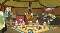 Pinkie, Rutherford, and yaks in yak eating hut S7E11
