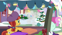 Rarity gets pulled away from shop stand MLPBGE