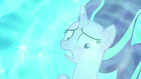 Starlight looking at Cozy with fear S8E25