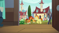 Sunburst's parents look at Sunburst S5E26