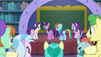 """Twilight """"you still found time to be together"""" S8E17"""