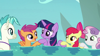 Twilight Sparkle and Crusaders joining hooves S8E6
