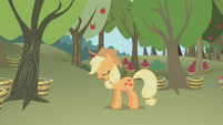 Applejack snoring while standing S1E04