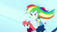 Rainbow Dash in a swift sprint SS4