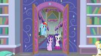 Starlight, Rarity, and Dash enter the library S8E17