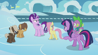 Twilight confronting Starlight next to foals S5E25