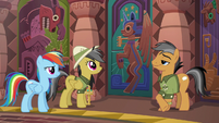Daring Do approaches the Alicorn door S6E13