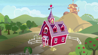 Distance view of Sweet Apple Acres S9E23