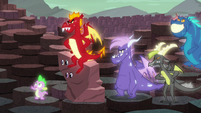 Spike points at someone S6E5