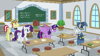 Twilight Sparkle approaching Star Swirl S8E16
