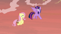 Twilight Sparkle looking at Fluttershy S7E20