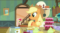 Apple Bloom enters the kitchen again S5E4
