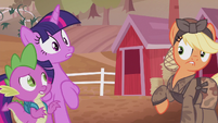 Applejack surprised by Twilight and Spike's yell S5E25