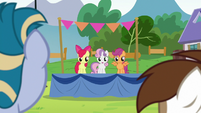 Cutie Mark Crusaders standing on a platform S7E21