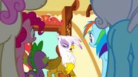 Gilda blaming Pinkie S1E5