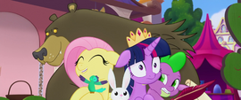 Harry picks up Twilight and friends in a hug MLPTM