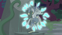 Holographic image of Star Swirl appears S7E25