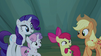 Rarity, Sweetie, and Apple Bloom excited to hear stories S7E16