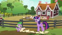 Spike --step three, walk away-- S6E10
