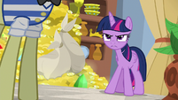 Twilight Sparkle catches Flim and Flam S8E16