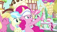 """Pinkie """"dip in the rainbow sprinkle pool!"""" MLPS5"""