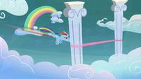 Rainbow Dash wins a race S5E3