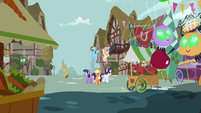 S01E10 Parasprite'y niszczą Ponyville