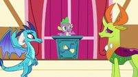 Spike presenting the Friendship Flame to Ember and Thorax S7E15
