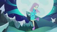 Fluttershy dancing on moonlit backdrop CYOE12b