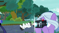 Fond Feather takes picture of princesses S9E13