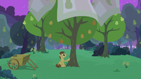 Grand Pear taking care of his pear trees S7E13