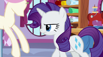 Rarity walking away from Sweetie Belle S8E12