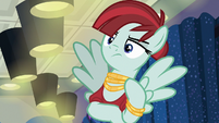 Snooty Fashion Scenester staring blankly S8E4