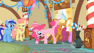 1000px-Pinkie Pie Cartwheeling her way out S1E22