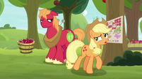 """Applejack """"have to redo that schedule"""" S9E10"""