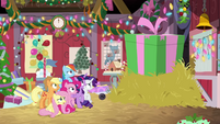 Giant gift box in front of Mane Six BGES2