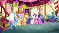 Pinkie Pie hugging Rarity and Twilight S4E18